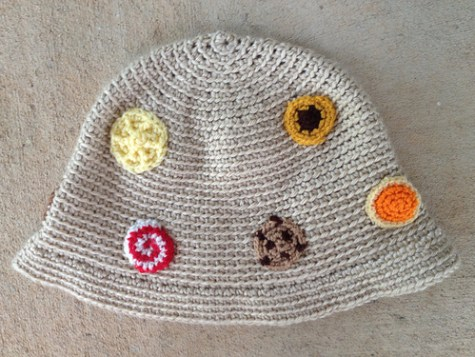 One side of the hat