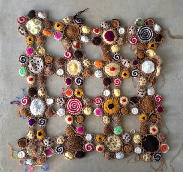 sixteen cookie crochet motifs
