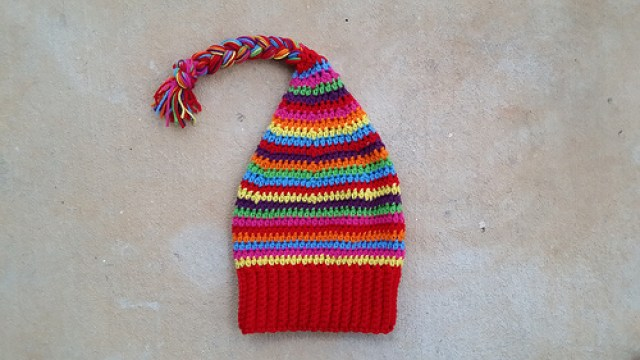 crochet hat, crochetbug, scrap buster, yarn stash, crochet beanie, textured crochet, crochet stripes, braided yarn, yarn braid