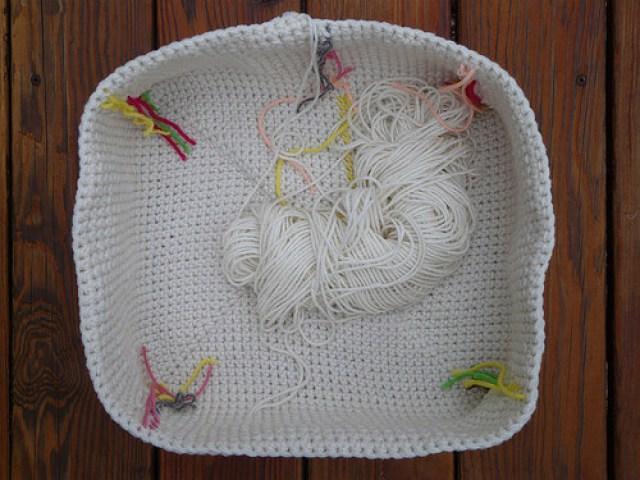 crochet basket interior