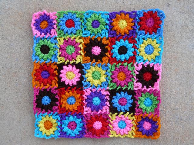 twenty-five crochet flowers crochet bag