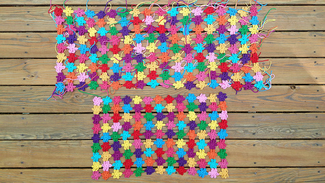 join as you go crochet flower crochet shawl