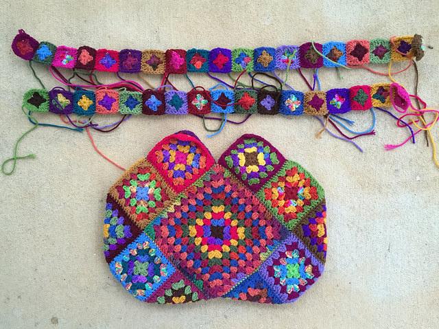 granny square purse with granny square straps