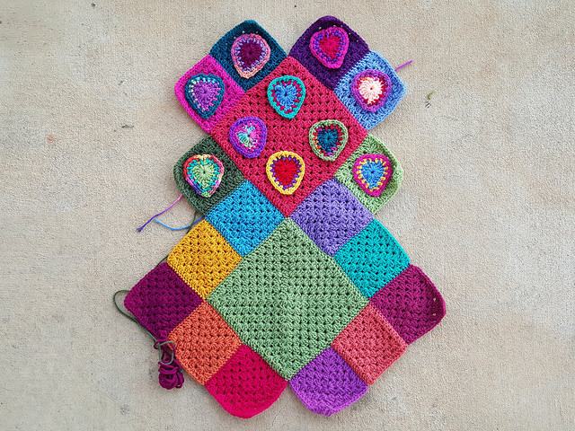 crochet heart festooned purse