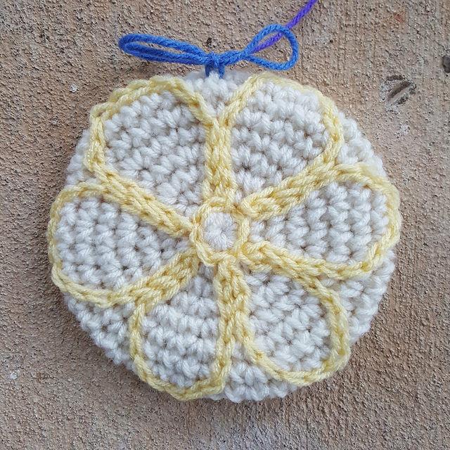 Lemonades inspired crochet cookie
