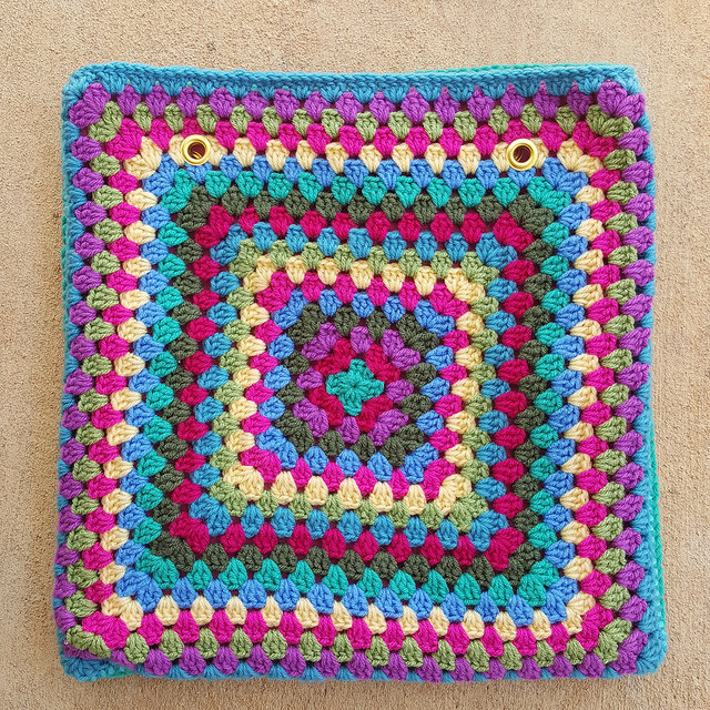 granny square purse with grommets
