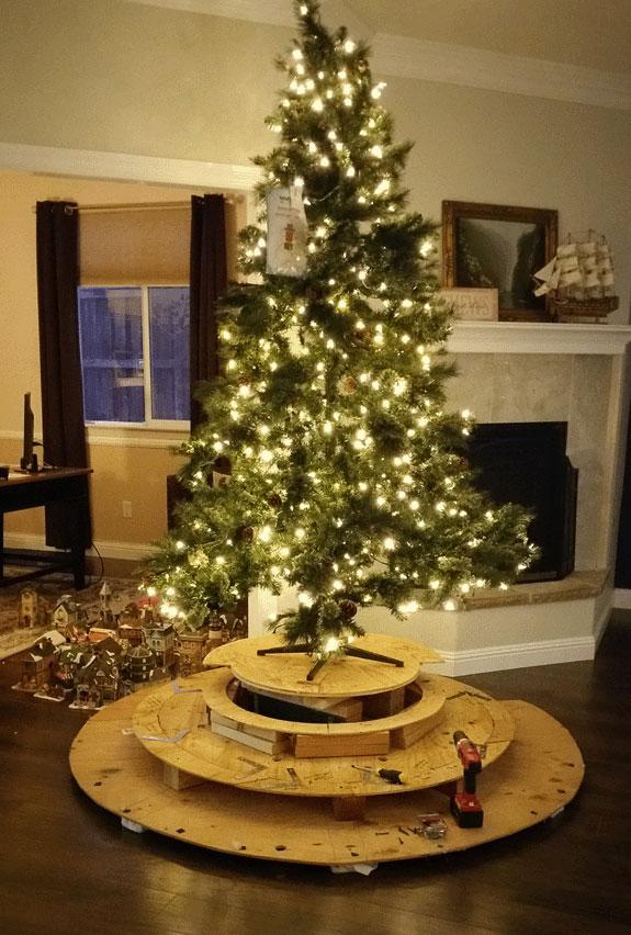 Village Christmas Tree Stand.North Pole Village Crochet Memories Blog
