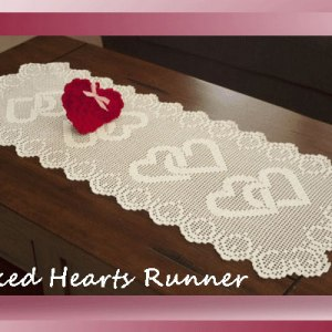 Linked Hearts Runner