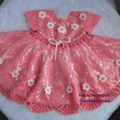 Vestido crochet niña elegante