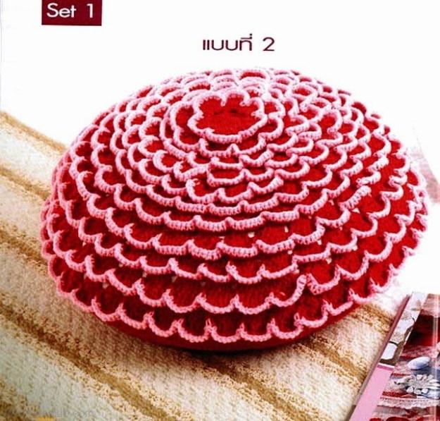 Almohadones al crochet redondos