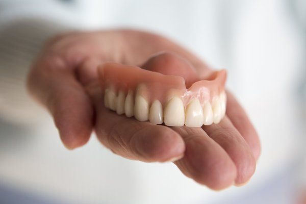 Should You Try Using Super Glue to Repair Dentures - Crofton Dental Care Hampshire