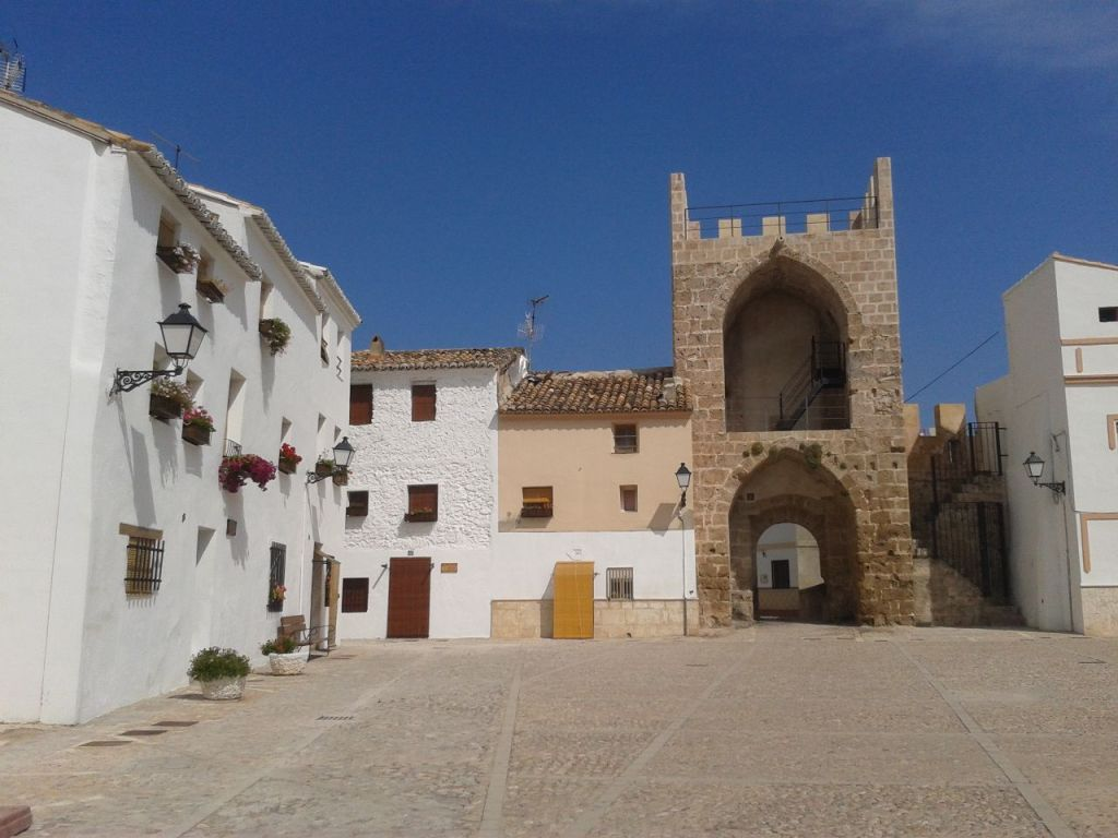 Plaza de armas del Castillo de Buñol.