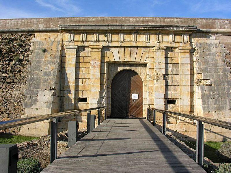 Portal del Mar