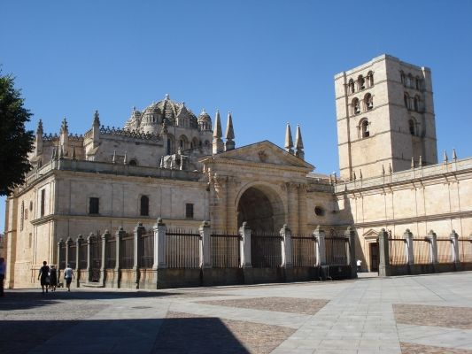 Catedral de El Salvador, Zamora