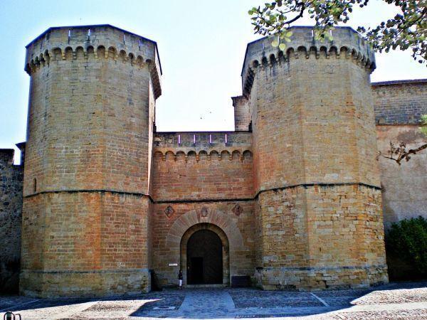 Monasterio de Poblet, Puerta Real.