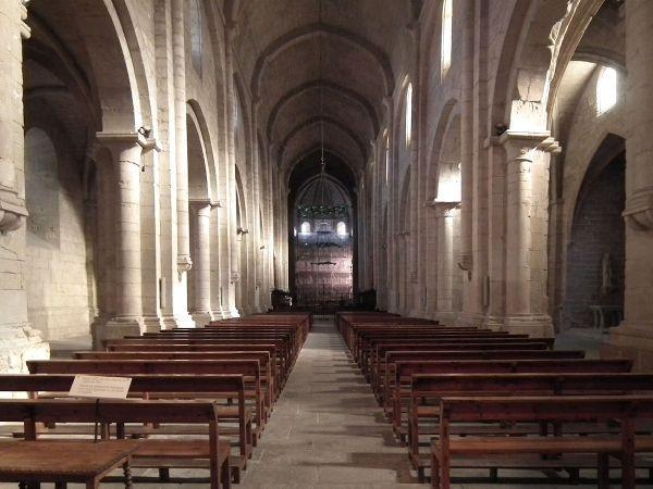 Poblet-interior-iglesia