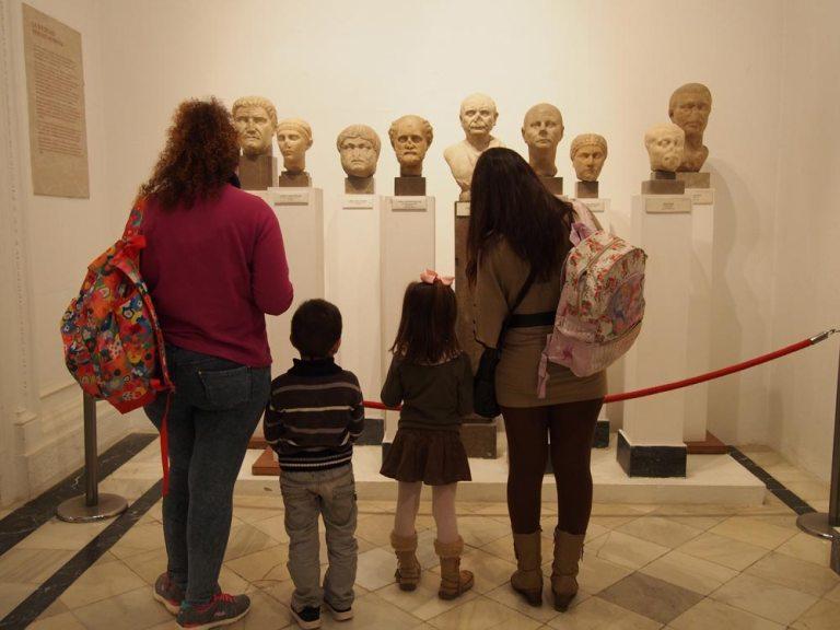 Aprende a visitar un museo