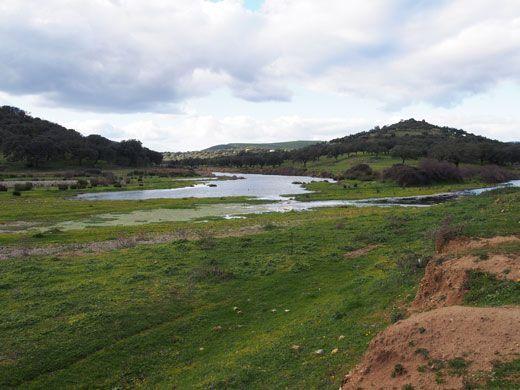 Huelva y Badajoz desde la Ribera del Cala.