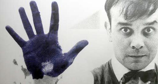 Retrato de Yves Klein