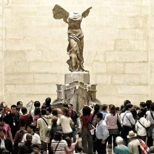 Aglomeraciones en el Museo del Louvre