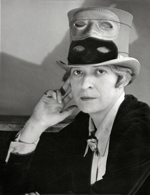 Fotografía en blanco y negro de Berenice Abbott.
