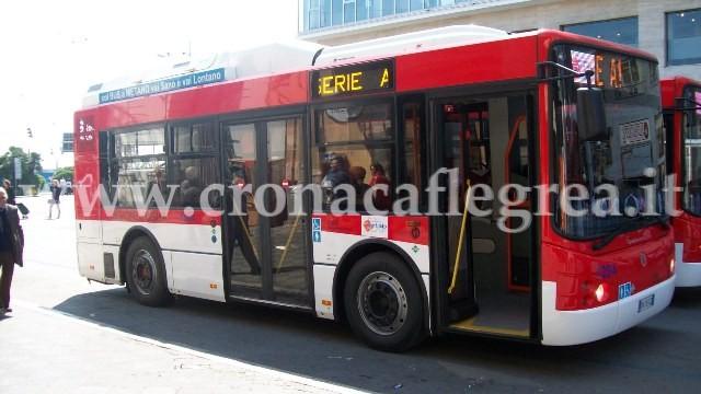 Un mezzo dell' EAV Bus