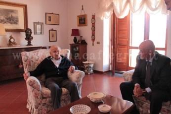 L'ultracentenario insieme al sindaco di Pozzuoli
