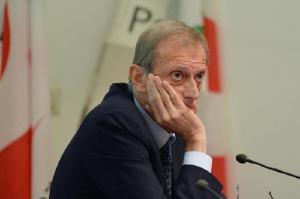 Nasce il Governo Gentiloni: la Boschi resta in sella, ripescano Fassino, mandano Alfano agli Esteri...