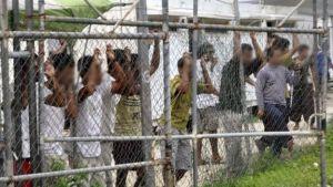 Il metodo australiano per i profughi: li chiudono su un' isola (e ce li terranno per sempre)