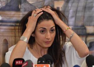 "Retata a Roma, Virginia Raggi sindaco a ore: ""Avviso di garanzia? Valuterò..."""