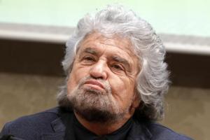 Soldi e affari dietro la conversione europea di Beppe Grillo, un insider svela...