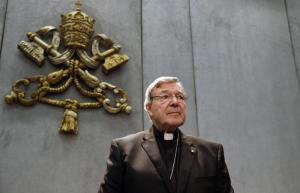 Vaticano, cardinale Pell accusato di pedofilia. Ora in congedo...