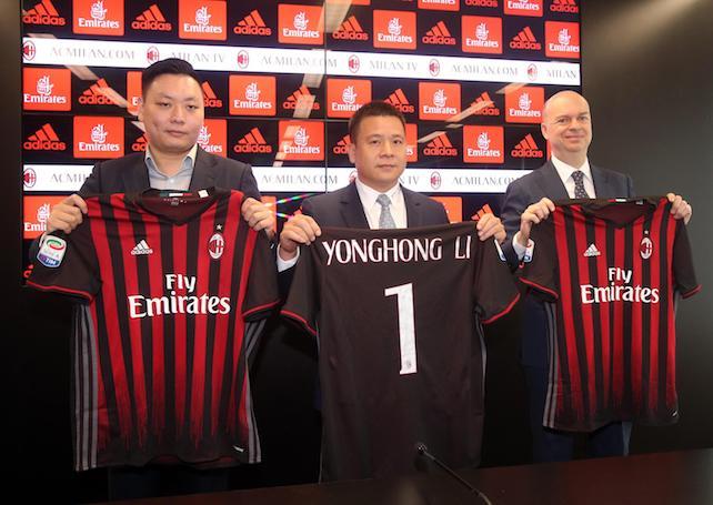 Calcio, Milan e la proprietà cinese: la Uefa è scettica sui ricavi e ora rischia l'esclusione dalle coppe