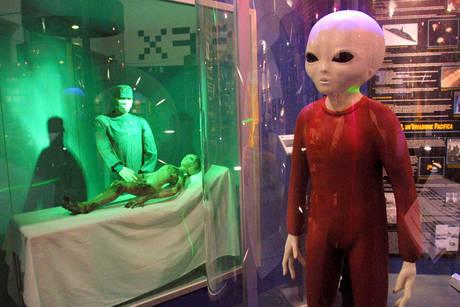 Alieni identikit: qualche aggettivo, ecco come potrebbero essere