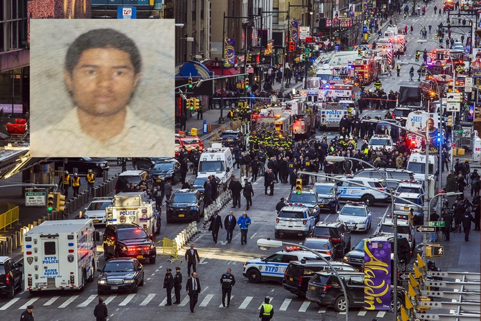 """New York, attentato fallito a Manhattan: fermato Akayed Ullah, ispirato dall'Isis. Trump: """"Pena di morte per i terroristi"""""""