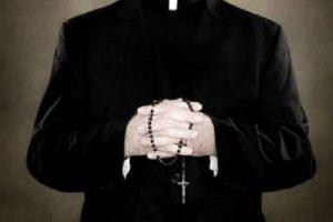 Arrestato parroco Pio Guidolin: violentava minori dopo averli unti con olio santo