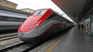Roma, il giallo del ragazzo scappato di casa e travolto dal treno