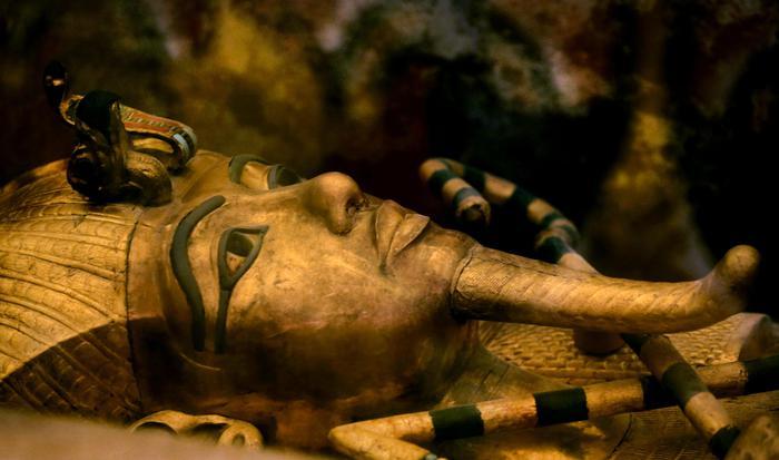 Inizia la caccia alla tomba di Nefertiti con il geo-radar: ricercatori del Politecnico di Torino in Egitto