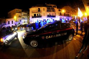 Napoli, ancora un episodio di baby gang: 2 ragazzi pestati da 10 coetanei con le catene