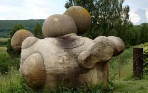 """In Romania scoperte pietre """"vive"""" capaci di crescere e riprodursi"""