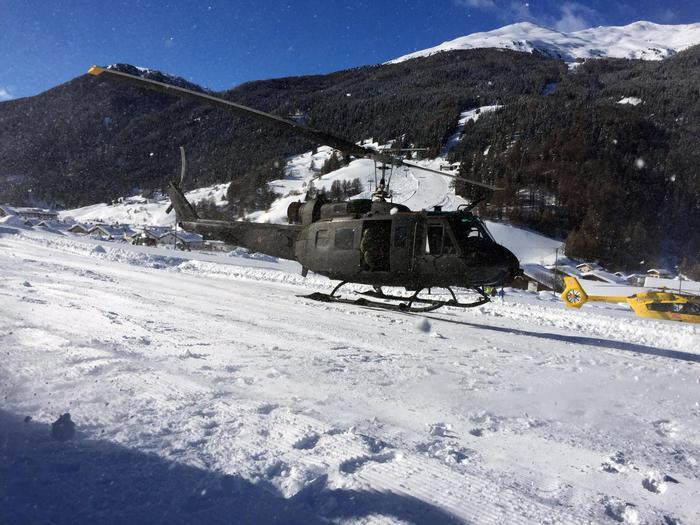 Valanghe killer sulle Alpi: 3 morti in Francia, 2 feriti in Svizzera e 30 sciatori salvati in Alto Adige