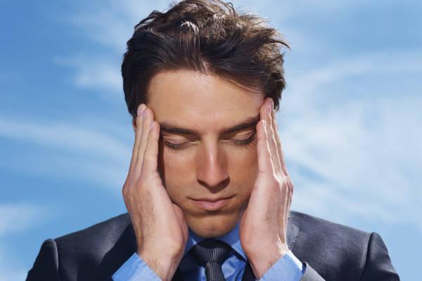 Mal di testa: più di 2 in 3 settimane sono un campanello d'allarme per la salute
