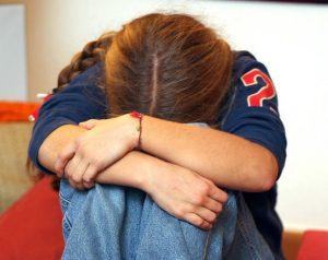 Padova, foto osè della figlia di sei anni nel cellulare: arrestato operaio