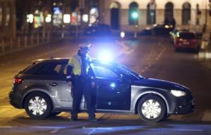 Vienna, attacco in strada con coltello: diversi feriti, tre gravi