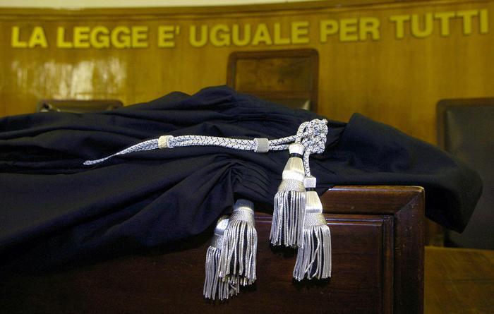 Lecce, provò a rubare una melanzana: assolto dopo 9 anni e migliaia di euro spesi in avvocati