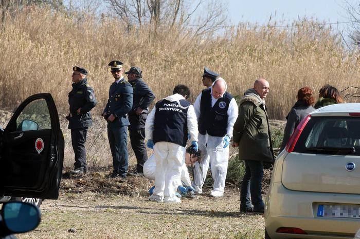 Trovate ossa umane in provincia di Macerata: tra i resti potrebbe esserci anche della 15 scomparsa ad Ancona