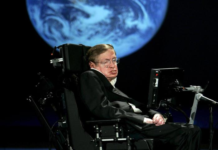 Stephen Hawking è morto a 76 anni: addio al geniale astrofisico che studiò l'origine dell'universo