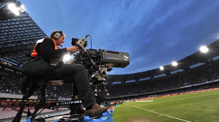 """Diritti tv, è caos: bando da rifare. Il giudice dà ragione a Sky: """"Violazioni dei principi antitrust da parte di Mediapro"""""""