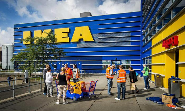 Ikea, vietato l'ingresso nell'area giochi al bambino autistico: a Padova la denuncia dei genitori