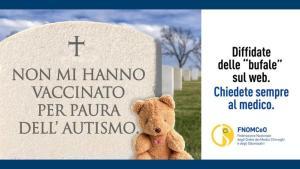 Campagna shock dall'Ordine dei Medicivcontro fake news: lapidi con epitaffi per far capire i pericoli per la salute